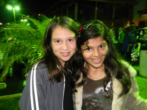 Kara and her friend hanging out at the Desfile de Faroles